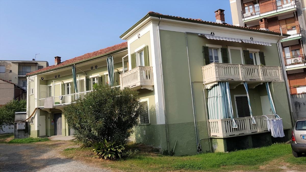 Affitto appartamento di 40 m2 ivrea to studio idea casa for Metraggio di appartamento studio