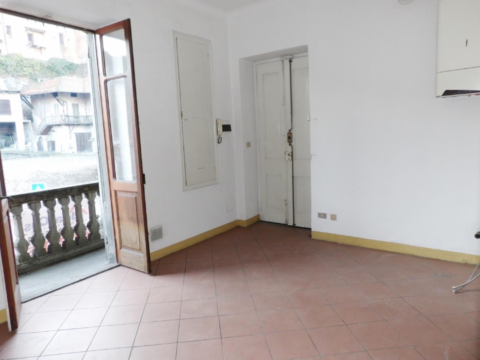 Vendita appartamento di 114 m2 ivrea to studio idea casa for Metraggio di appartamento studio